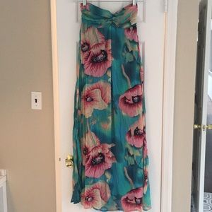 Floral Strapless Maxi Dress small
